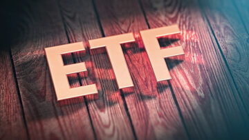 The list with the Bitcoin (BTC) ETF applications and their respective statuses