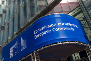 European Commission is launching blockchain association next year, major banks are already on board