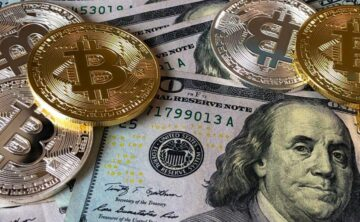 Fiat money vs. cryptocurrencies – The clash of coins